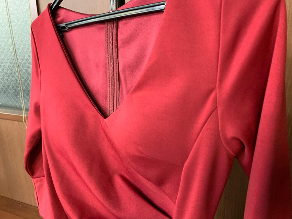 情熱の赤はインパクト抜群のドレス